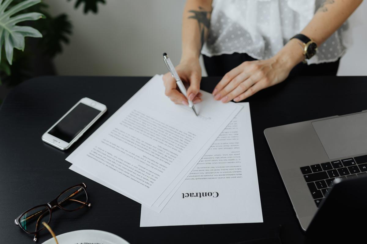 Signature vente ou location maison appartement